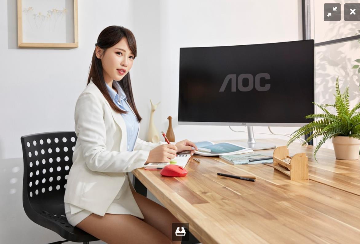 AOC曲面系列4K高画质 办公娱乐两相宜满足你的电竞需求