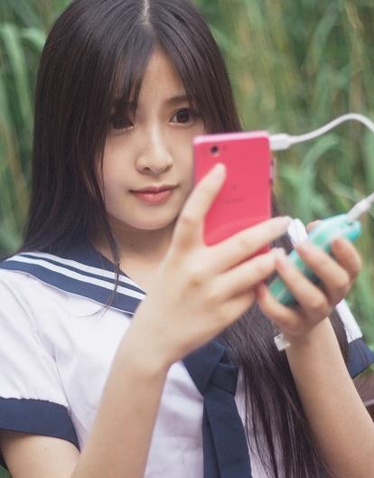 摩米士iPower GO mini移动电源 萝莉美少女的最爱
