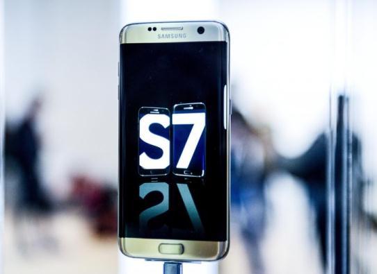 三星S7新机测试,防水胜iPhone但不够耐摔
