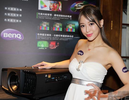 明基推出二款高色准的家庭剧院4K HDR投影机