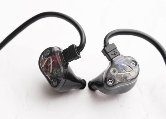 Fender Nine 1 SE入耳式耳机入门版使用评测