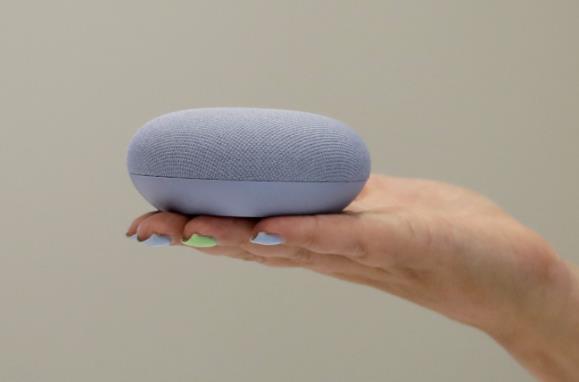 一机两用谷歌Nest Wifi能当智能音箱