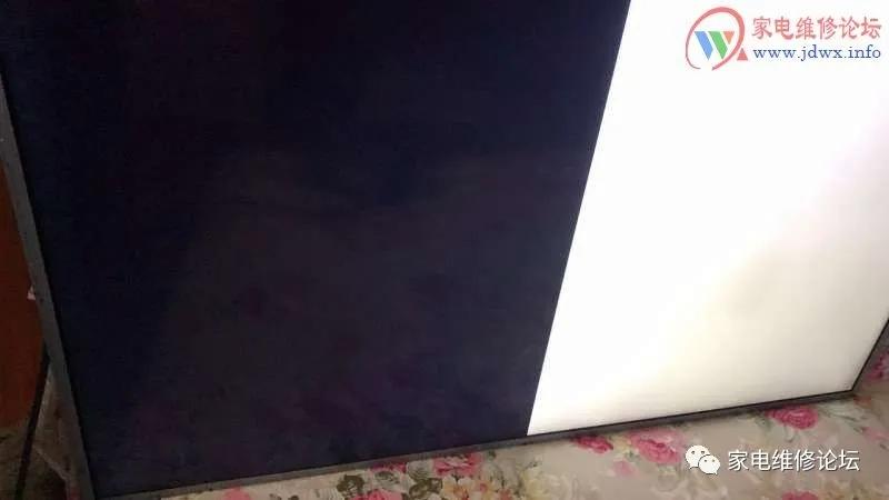 夏普液晶电视灰屏故障维修(LCD52LX530A)