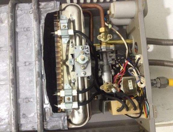 林内燃气热水器打不着火原因和处理方法