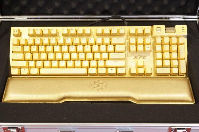 惊掉下巴 威刚旗下XPG推出24K黄金键盘